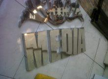 jual huruf timbul Bekasi