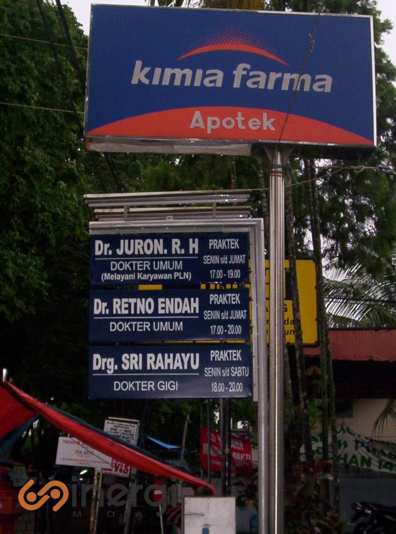 Plang Nama Apotek