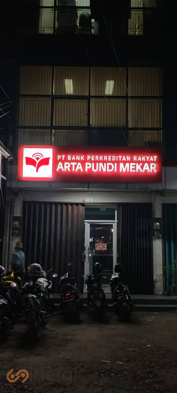 Signage PT. BPR Arta Pundi Mekar 3