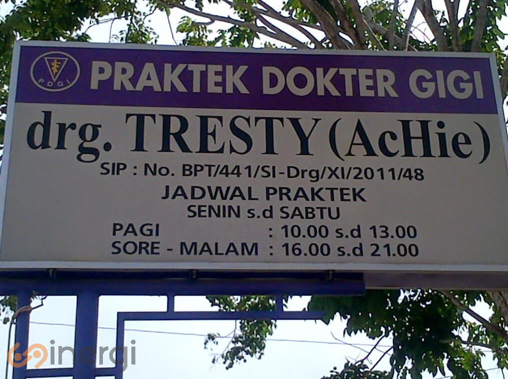 Plang Nama Dokter Gigi